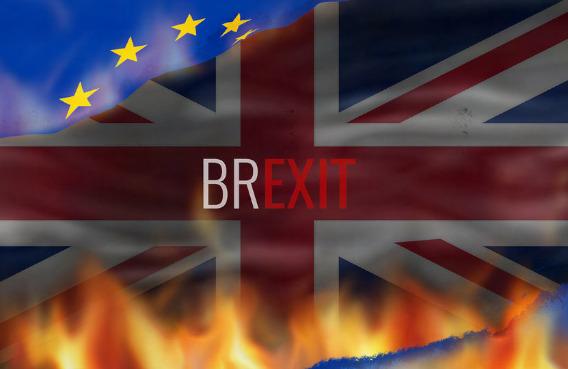 Minister Brandon Lewis do Europejczyków w UK:  Aplikujcie, albo będziecie d