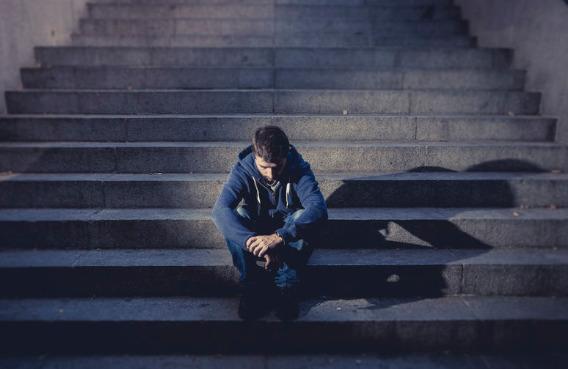 Pomoc dla osób współuzależnionych od alkoholu i narkotyków - porady/tera